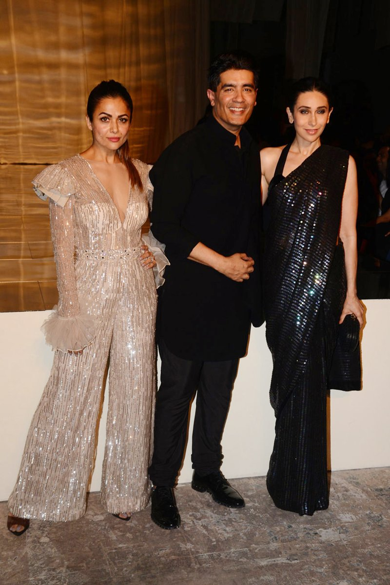 Karisma Kapoor and Amrita Arora attend Manish Malhotra's show